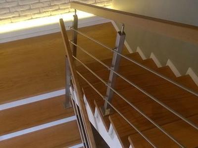 schody 42
