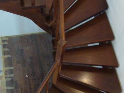 schody samonośne 01